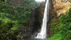 Bambarakanda_waterfall